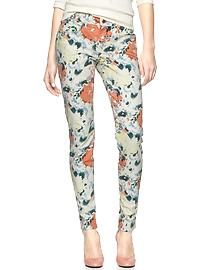 Victoria's a Shoe a Day: Floral Pants for Spring