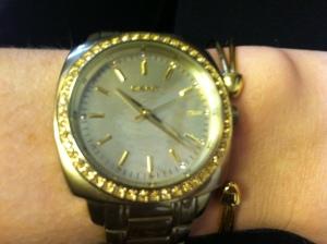 Victoria's a Shoe a Day: Gold Watch/Bracelet